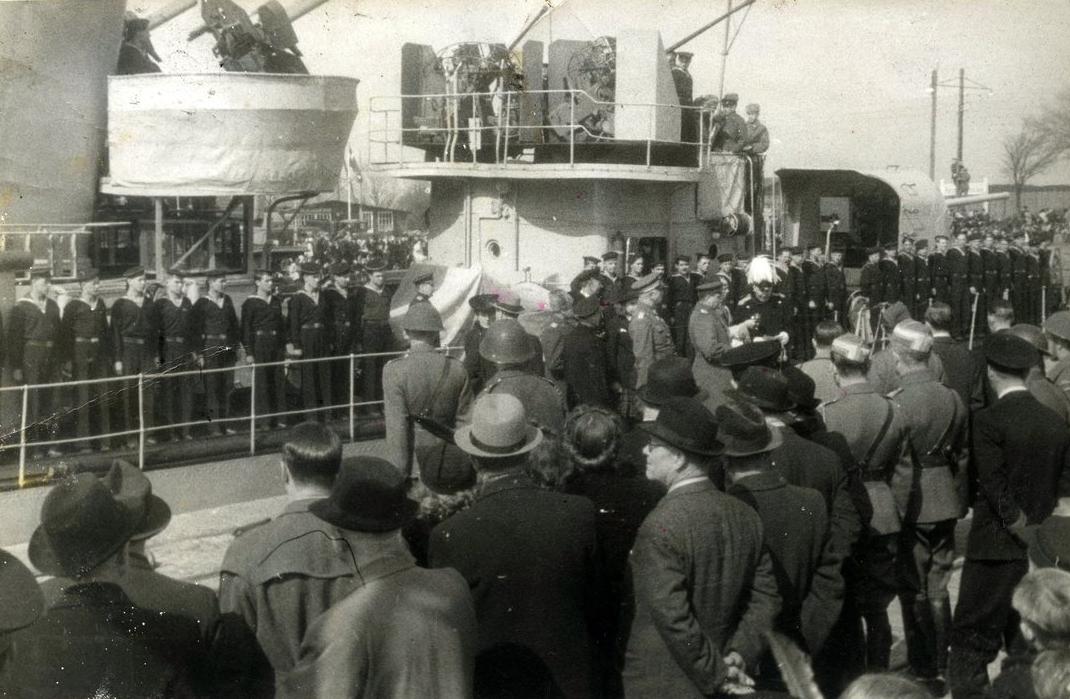 75-året: Russerne forlader Bornholm 5. april 1945. (Foto: Rønne Byarkivs digitale samlinger, Ernst G. Olsens samling)