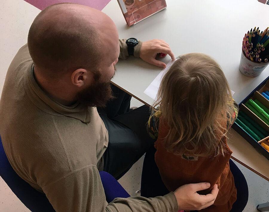Magisk læsestund: Guidet læsning for børn og forældre